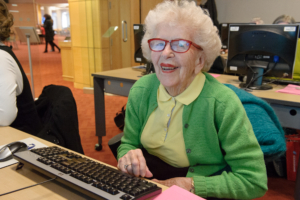 Computer classes for seniors.